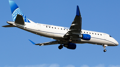 N613UX - Embraer 170-200LL - United Express (ExpressJet Airlines)