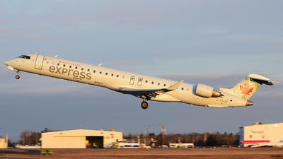 C-FUJZ - Bombardier CRJ-705LR - Air Canada Express (Jazz Aviation)