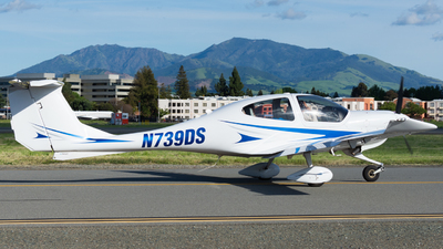 N739DS - Diamond DA-40 Diamond Star - Private