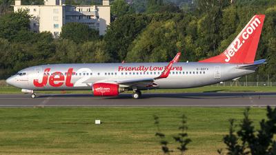 G-GDFV - Boeing 737-85F - Jet2.com