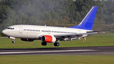 A picture of LNRNN - Boeing 737783 - [28315] - © Depthcore