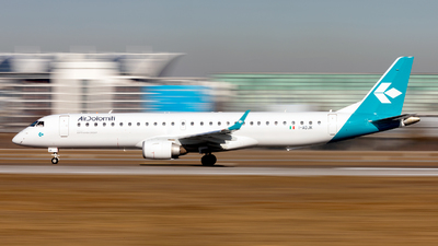 I-ADJK - Embraer 190-200LR - Air Dolomiti