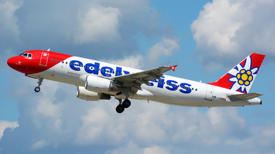 A picture of HBJJN - Airbus A320214 - Edelweiss Air - © Jeremy Denton