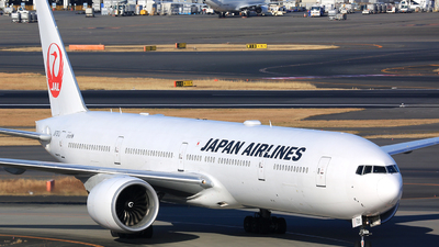 A picture of JA737J - Boeing 777346(ER) - Japan Airlines - © Jason CDHK