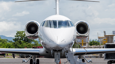 N794QS - Bombardier BD-100-1A10 Challenger 350 - NetJets Aviation