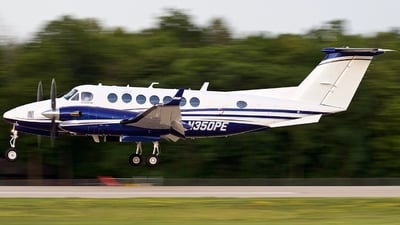 N350PE - Beechcraft 300 Super King Air - Private