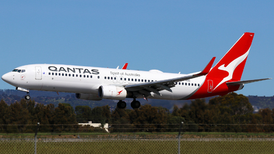 A picture of VHVXD - Boeing 737838 - Qantas - © Robbie Mathieson