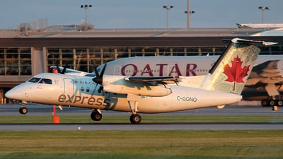 C-GONO - Bombardier Dash 8-102 - Air Canada Express (Jazz Aviation)