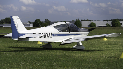 F-GMXU - Robin HR200/120B - Private
