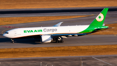 A picture of B16782 - Boeing 777F5E - EVA Air - © Ka Hung Yue