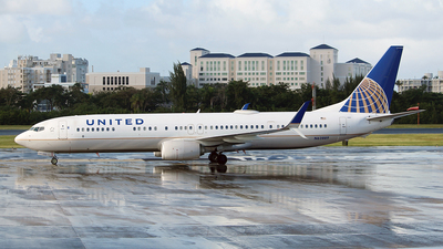 A picture of N62889 - Boeing 737924(ER) - United Airlines - © toyo_69pr