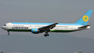 UK67001 - Boeing 767-33P(ER) - Uzbekistan Airways