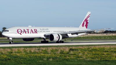 A picture of A7BAL - Boeing 7773DZ(ER) - Qatar Airways - © Buzu
