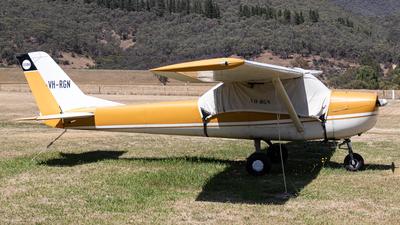 VH-RGN - Cessna 150F - Private