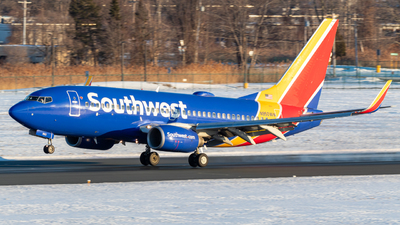 A picture of N950WN - Boeing 7377H4 - Southwest Airlines - © Albany_Airspace