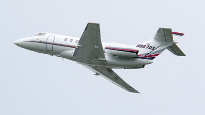 A picture of N867QS - Hawker 800XP - NetJets - © Dutch