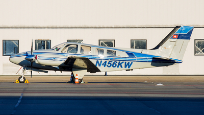 N456KW - Beechcraft 58P Baron - Private