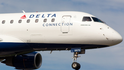 N870RW - Embraer 170-100SE - Delta Connection (Shuttle America)