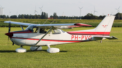 PH-PVG - Reims-Cessna F172M Skyhawk - Special Air Services