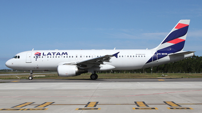 PR-MHM - Airbus A320-214 - LATAM Airlines