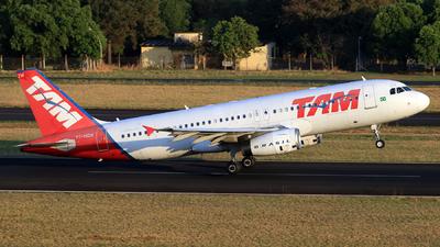 PT-MZW - Airbus A320-232 - TAM Linhas Aéreas