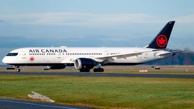 A picture of CFVNB - Boeing 7879 Dreamliner - Air Canada - © Derek MacPherson