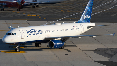 A picture of N766JB - Airbus A320232 - JetBlue Airways - © Chris Popovich