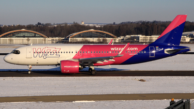 A picture of HALJF - Airbus A320271N - Wizz Air - © Manfred Franke