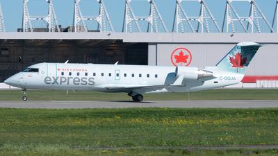 C-GQJA - Bombardier CRJ-200ER - Air Canada Express (Jazz Aviation)