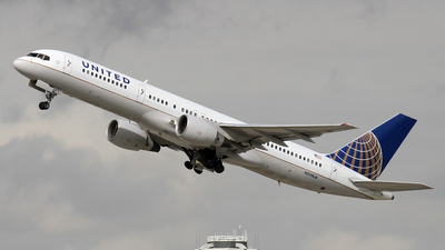 N559UA - Boeing 757-222 - United Airlines