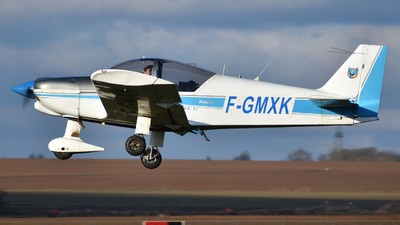 F-GMXK - Robin HR200/120B - Private