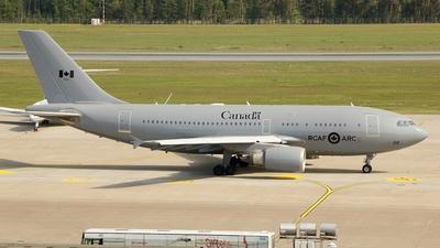 15002 - Airbus CC-150 Polaris - Canada - Royal Air Force