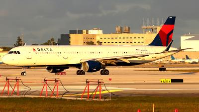 A picture of N396DN - Airbus A321211 - Delta Air Lines - © Xiamen Air 849 Heavy