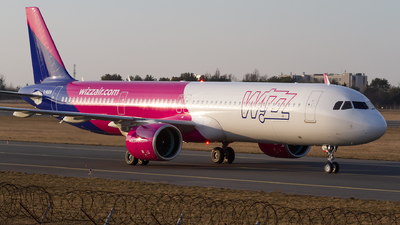 G-WUKM - Airbus A321-271NX - Wizz Air UK