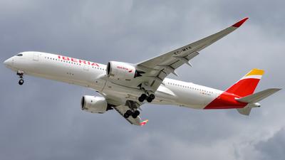 A picture of ECMYX - Airbus A350941 - Iberia - © Ulises Martínez - Soundropper Spotter