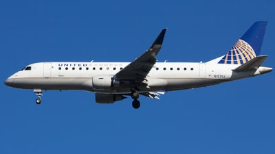 A picture of N157SY - Embraer E175LR - United Airlines - © Xiamen Air 849 Heavy