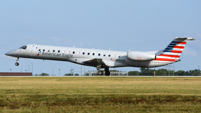 A picture of N906AE - Embraer ERJ145LR - American Airlines - © DJ Reed - OPShots Photo Team