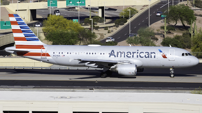 N124US - Airbus A320-214 - American Airlines