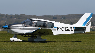 F-GGJU - Robin DR400/140B Dauphin - Aero Club - Cosne sur Loire