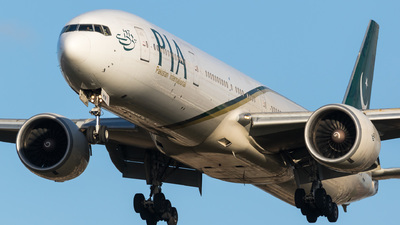 A picture of APBHW - Boeing 777340(ER) - Pakistan International Airlines - © Jackson Heydon