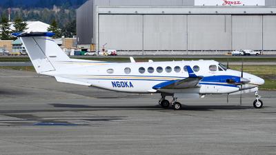 N60KA - Beechcraft B300 King Air 350 - Private