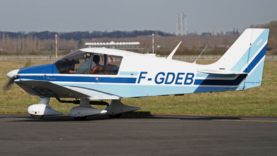 F-GDEB - Robin DR400/180 Régent - Private
