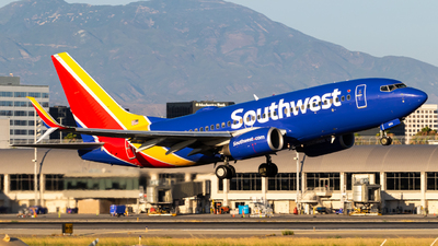 A picture of N964WN - Boeing 7377H4 - Southwest Airlines - © Alex Crail