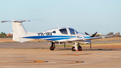 PR-IAV - Diamond Aircraft DA-62 - Private