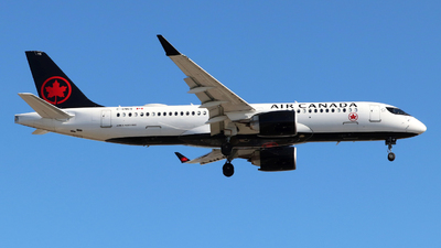 A picture of CGNGV - Airbus A220300 - Air Canada - © Guy Langlois
