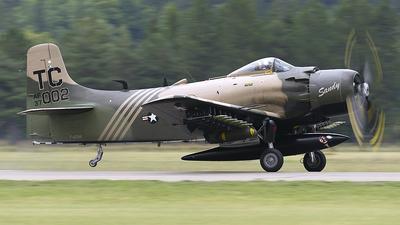 F-AZHK - Douglas AD-4N(A) Skyraider - Private