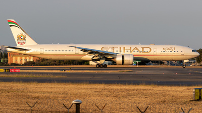 A6-ETO - Boeing 777-3FXER - Etihad Airways