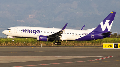 HP-1711CMP - Boeing 737-8V3 - Wingo