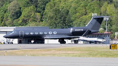 N425TM - Gulfstream G550 - Private