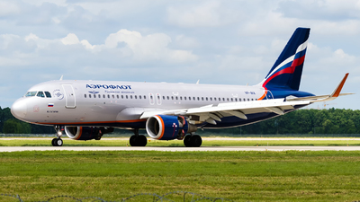A picture of VPBIX - Airbus A320214 - Aeroflot - © Alexander Lebedev